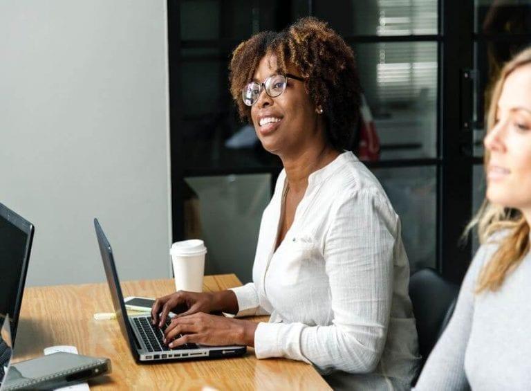Meeting-Woman-Laptop